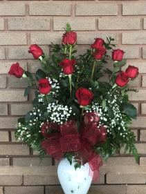 Classic Long Stem Red Roses (1 doz) Fresh Arrangement