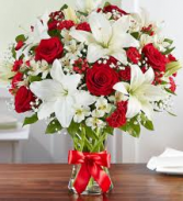 classic love red roses and white lilies