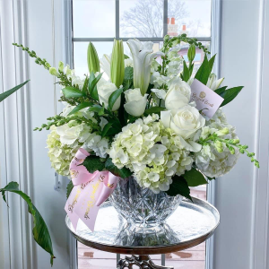 Classic purity   in Ozone Park, NY | Heavenly Florist
