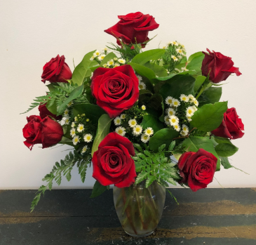 Classic Red Roses Vase Arrangement