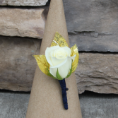 Classic Sweetheart Rose Boutonniere