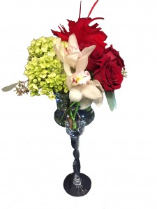 Classic Roses and Orchids  in Oshawa, ON | COLLEGE PARK FLOWERS