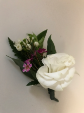 Classic Single Mini Boutonniere Boutonniere