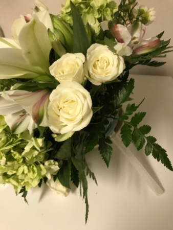 Classic White Lily & Rose Bridal bouquet
