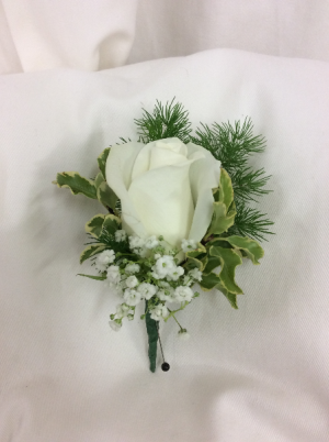 Classic White Boutonnier in Medfield, MA | Lovell's Florist, Greenhouse & Nursery