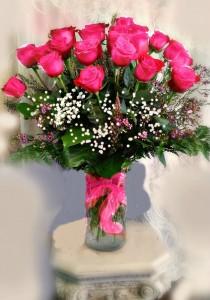 12 Pink Rose In Vase