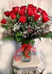 24 Long Stem Red Roses In Vase