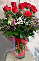 Elegant Dozen Long Stem Red Roses In Vase