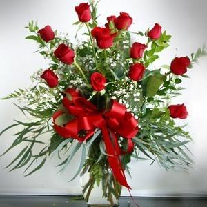 Classy Classic One Dozen Red Roses