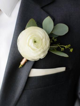 CLEAN SIMPLICITY  Prom Boutonniere