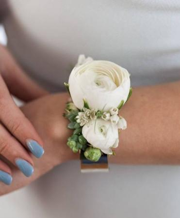 CLEAN SIMPLICITY  Prom Corsage