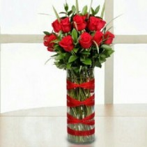 CLOSENESS Vase Arrangement