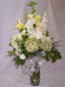 CLOUD MIRAGES- SYMPATHY FLOWERS Prince George BC:  AMAPOLA BLOSSOMS