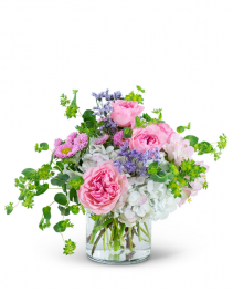 Cloud Nine Flower Arrangement