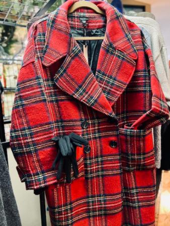 COCO + CARMEN Plaid Jacket red/black