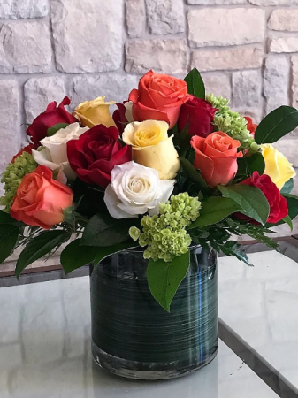COLOR MY WORLD 12+ ROSES MULTI COLOR