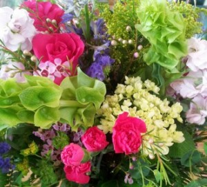 Color Pop Vase arrangement in Northport, NY | Hengstenberg's Florist