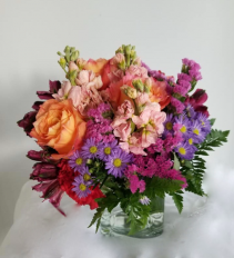 Blooming Colors Hand-tied Vase design