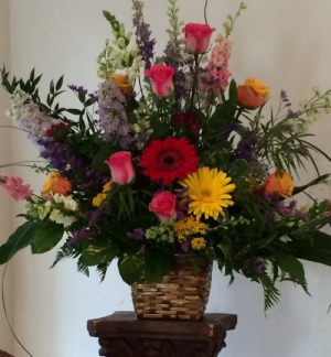 Colors? Many Please. Funeral Urn in Decatur, TX | A Ray Of Flowers
