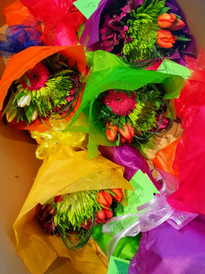COLOURFUL SEASONAL BOUQUETS in Halifax, NS | Twisted Willow