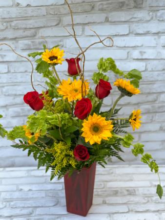 Colton Wyatt Vase Arrangement