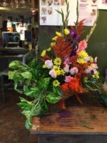 combo plant/ and floral arrang. seasonal mix