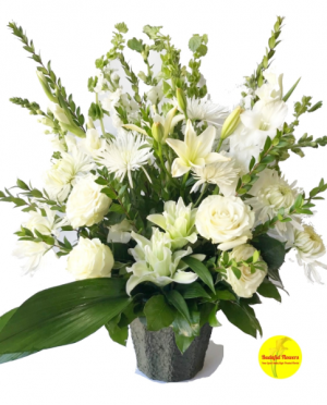 Condolences Designers Choice in Buda, TX | Budaful Flowers