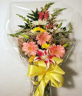 CON-GRAD-ULATIONS Mixed Flower Bouquet Presentation Bouquet