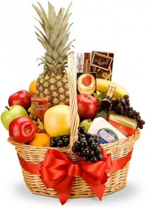 CONNOISSEUR FRUIT & GOURMET BASKET in Garrett Park, MD | ROCKVILLE FLORIST & GIFT BASKETS