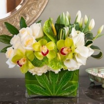 Contemporary Style Bouqet  Flower Arrangement