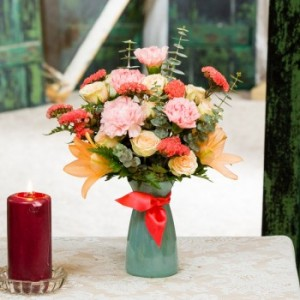 Coral Carribean Vase arrangement in Hutchinson, MN | CROW RIVER FLORAL & GIFTS