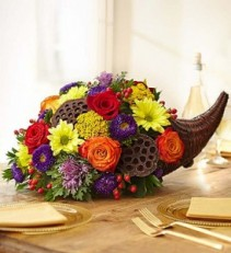 Cornucopia Thanksgiving Table Arrangement
