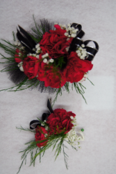 CORSAGE #3 W/ BOUT #3