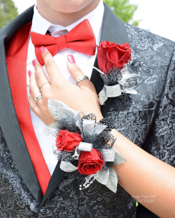 Corsage & Boutonniere Rose Amor