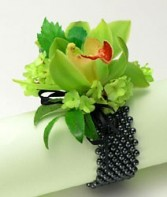Corsage in Green CIG