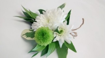 corsage white and green