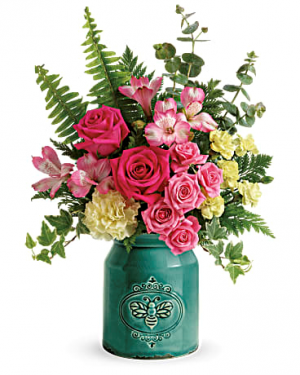 Country Beauty  in Whitehall, PA   PRECIOUS PETALS FLORIST