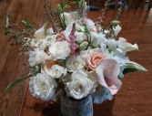 Country chic wedding Table arrangement