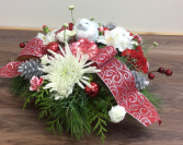 Country Christmas Fresh Christmas arrangement ceramic bird