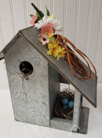 COUNTRY GIRL'S NEST birdhouse with 2 nests