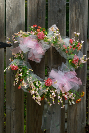Country Kisses Silk Wreath