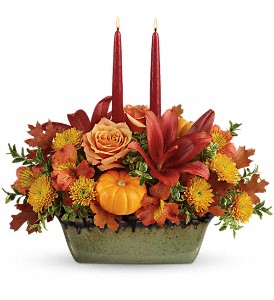 Country Oven (Teleflora Designs) Thanksgiving Centerpiece in White Oak, PA | Breitinger's Flowers & Gifts