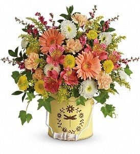 Country Spring! Floral Arrangement in Winston Salem, NC | RAE'S NORTH POINT FLORIST INC.