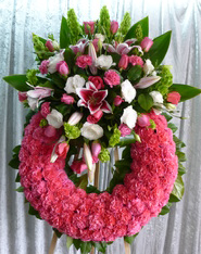 CP 13 CARNATION WREATH W/CLUSTER FUNERAL PC GOOD FOR FUNERAL AND MEMORIAL SERVICES