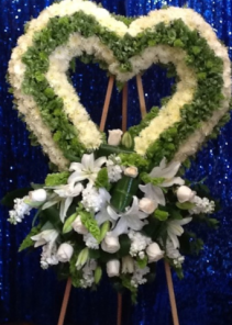 "CP 15 HEART/35"" W/LOWER CLUSTER FUNERAL PC GOOD FOR FUNERAL AND MEMORIAL SERVICES"