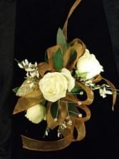 CR-8 White Spray Rose Gold Ribbon Corsage-Wrist