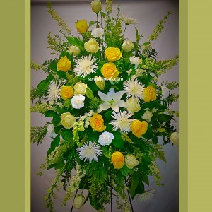 Cream and yellow garden Spray  Standing floral spray  in Chatham, NJ | SUNNYWOODS FLORIST