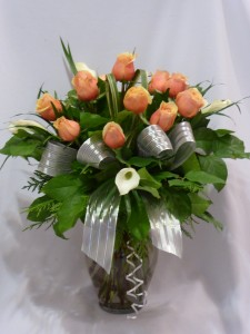 CREAM & PEACHES MY BABY-   Roses  Roses, Calla Lillies, Rose Floral Bouquets