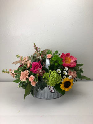 Creatively Classy Container Arrangement in North Bend, OR | PETAL TO THE METAL FLOWERS
