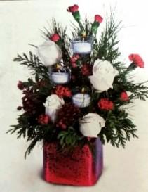 Crimson Christmas Centerpiece